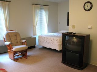 Bedroom with tv reduced